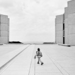 black and white child photography at the salk institute - la jolla san diego CA