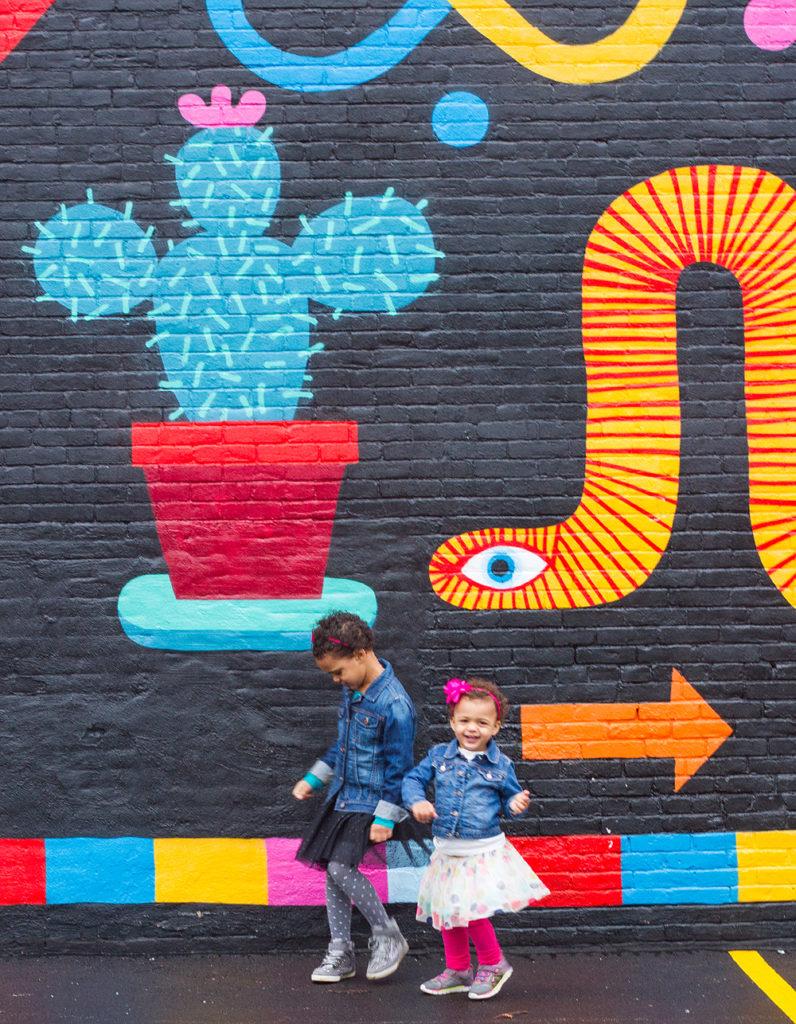 wall mural family portrait - cleveland, ohio - hingetown, ohio city