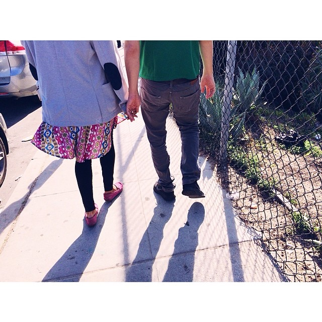 Street fashion. #dailywalk #street #losangeles #santamonica #love #shadow #california